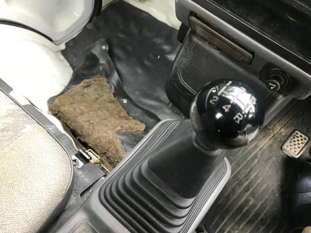 5速マニュアル エアコン 4WD(17枚目)
