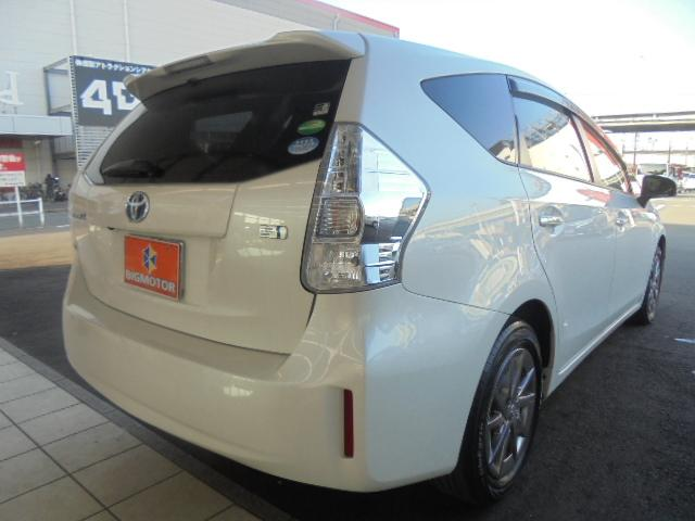 トヨタ プリウスアルファ Sチューンブラック