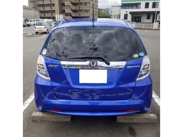 新車カタログ値10モード/10・15モード燃費30.0km/リットル JC08モード燃費26.0km/リットル