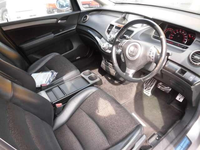 車の安売り王 マイカーキングです!お買い得車を約50台取り揃えております。価格や装備の詳しいお問合せは、携帯からも繋がるフリーダイヤル0066-9702-767902からどうぞ!!