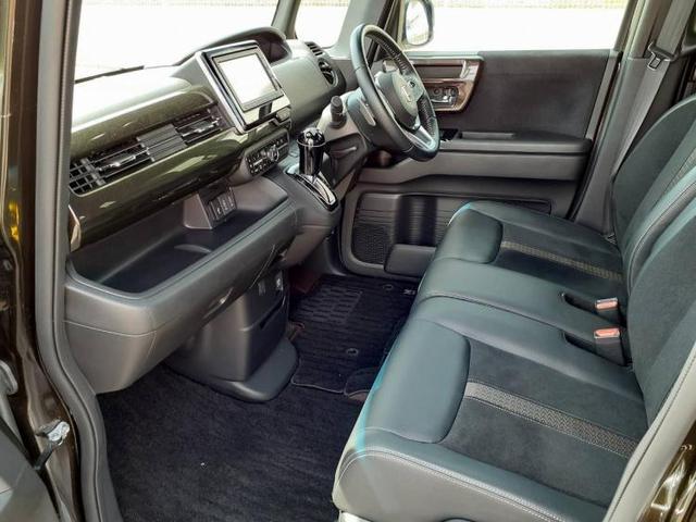 G・Lターボホンダセンシング 車線逸脱防止支援システム/ヘッドランプ LED/ETC/EBD付ABS/横滑り防止装置/アイドリングストップ/エアバッグ 運転席/エアバッグ 助手席/エアバッグ サイド/パワーウインドウ(6枚目)