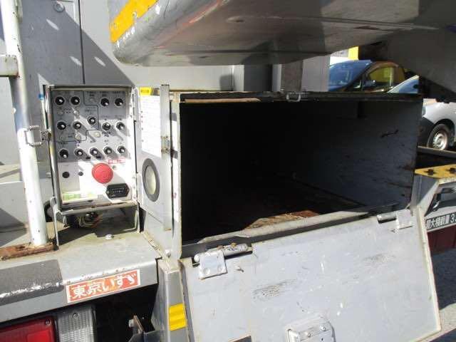 いすゞ エルフトラック 高所作業車 バックカメラ 作業床高さ8m
