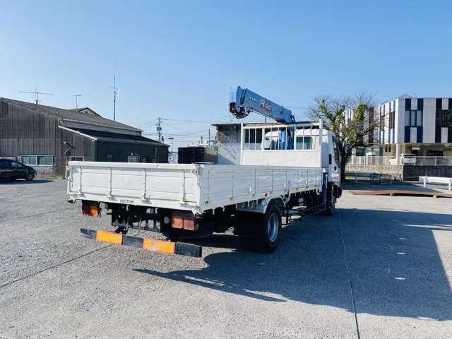 4トンユニック 3段クレーン ラジコン付 ターボ車 鉄板張 4tクレーン セミロング(8枚目)