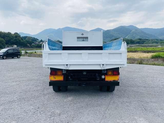 4トンダンプ 210馬力 ターボ車 コボレーン付 4tダンプ 外装仕上済 3方開(13枚目)