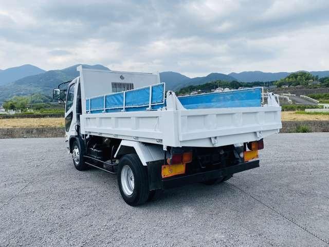 4トンダンプ 210馬力 ターボ車 コボレーン付 4tダンプ 外装仕上済 3方開(14枚目)