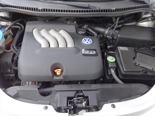 フォルクスワーゲン VW ニュービートル ベースグレード 左ハンドル CDオーディオ