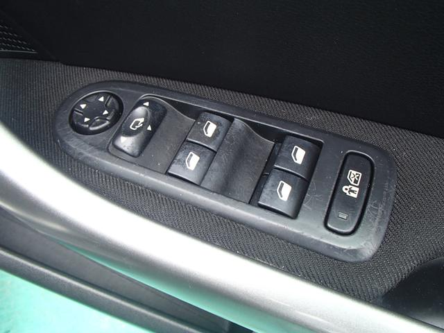 プジョー プジョー 308 ヴォワヤージュ 限定300台 HDDナビ