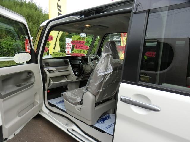 ダイハツ タント Xターボ 左電動スライドドア フルセグナビ 禁煙車 新品AW