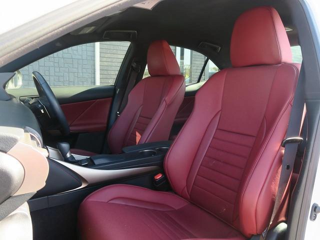 中古車でも安心!オプションプランにて最長5年まで保証を延長できるプレミア保証!日本全国で使える延長保証です。詳しくは、スタッフまでお尋ね下さい。