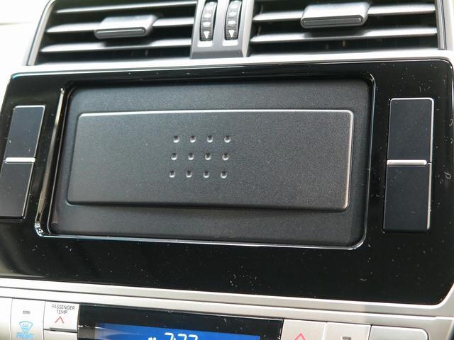 TX ムーンルーフ クリアランスソナー ルーフレール 登録済未使用車 セーフティセンス 7人乗り LEDヘッド 4WD 黒内装 オートハイビームアシスト 純正17アルミ デュアルオートエアコン(9枚目)