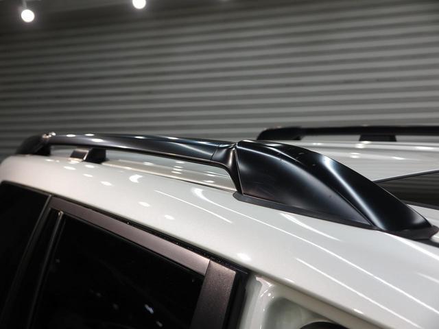TX ムーンルーフ クリアランスソナー ルーフレール 登録済未使用車 セーフティセンス 7人乗り LEDヘッド 4WD 黒内装 オートハイビームアシスト 純正17アルミ デュアルオートエアコン(10枚目)
