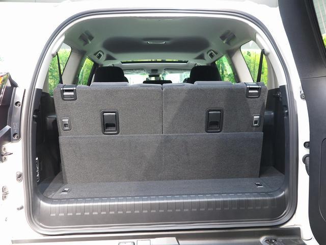 TX ムーンルーフ クリアランスソナー ルーフレール 登録済未使用車 セーフティセンス 7人乗り LEDヘッド 4WD 黒内装 オートハイビームアシスト 純正17アルミ デュアルオートエアコン(43枚目)