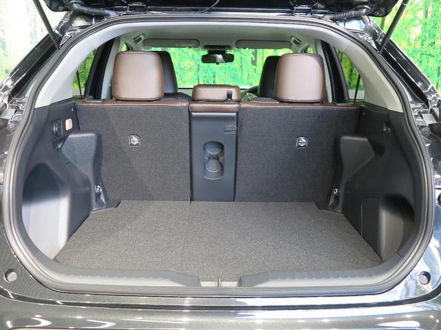 ハイブリッドZ 登録済未使用車 純正8型ディスプレイオーディオ セーフティセンス クリアランスソナー バックカメラ パワーシート 純正18アルミ シートヒーター オートハイビームアシスト(14枚目)