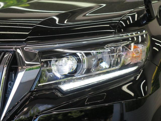TX 登録済未使用車 ムーンルーフ モデリスタフロントエアロ クリアランスソナー ディーゼル ブラックルーフレール セーフティセンス LEDヘッドランプ 黒内装 純正17アルミ スマートキー(14枚目)