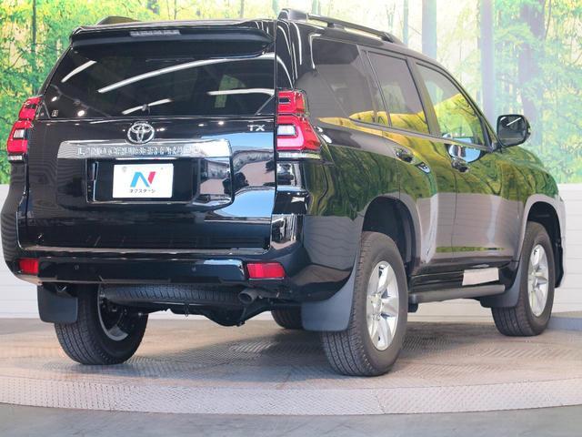 TX 登録済未使用車 ムーンルーフ モデリスタフロントエアロ クリアランスソナー ディーゼル ブラックルーフレール セーフティセンス LEDヘッドランプ 黒内装 純正17アルミ スマートキー(21枚目)