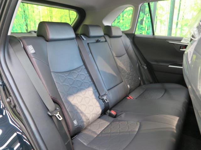 アドベンチャー オフロードパッケージ 登録済み未使用車 純正ディスプレイオーディオ バックカメラ 純正専用18インチアルミホイール 専用サスペンション ルーフレール LEDヘッド セーフティセンス 4WD(11枚目)