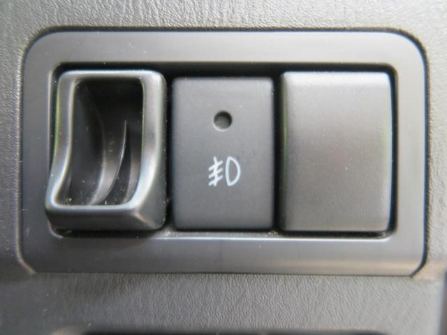 クロスアドベンチャー 特別仕様車 SDナビ LEDヘッドランプ 黒合皮シート シートヒーター 4WD 専用16インチアルミ フロントフォグランプ プライバシーガラス 革巻きステアリングホイール ETC 電動格納ドアミラー(7枚目)