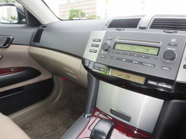 250G Fパッケージリミテッド 運転席パワーシート HID(6枚目)