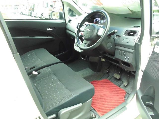 カスタム RS ターボ 社外CDデッキ HIDヘッドライト フォグランプ 電動格納ドアミラー ベンチシート アイドリングストップ 本革巻きハンドル プッシュスタート(13枚目)