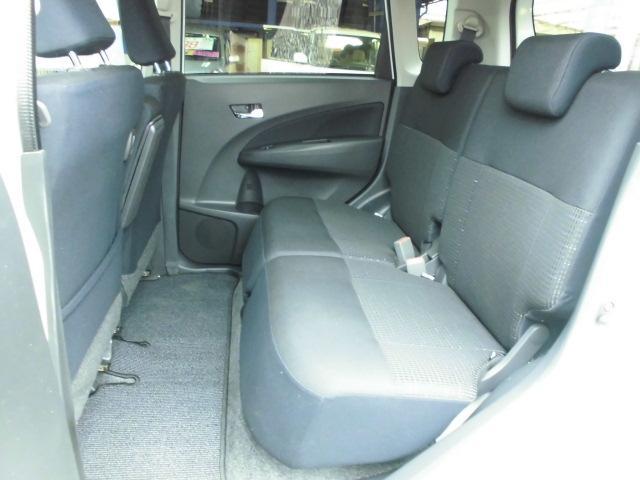 カスタム RS ターボ 社外CDデッキ HIDヘッドライト フォグランプ 電動格納ドアミラー ベンチシート アイドリングストップ 本革巻きハンドル プッシュスタート(16枚目)