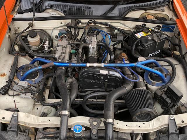 エンジンルームもピカピカです♪前オーナー様が大切にされていた感じが漂うセカンドガレージ【オススメ】の1台です!
