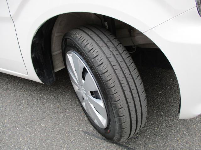 タイヤの溝もまだまだ!くわしくはスタッフへ。