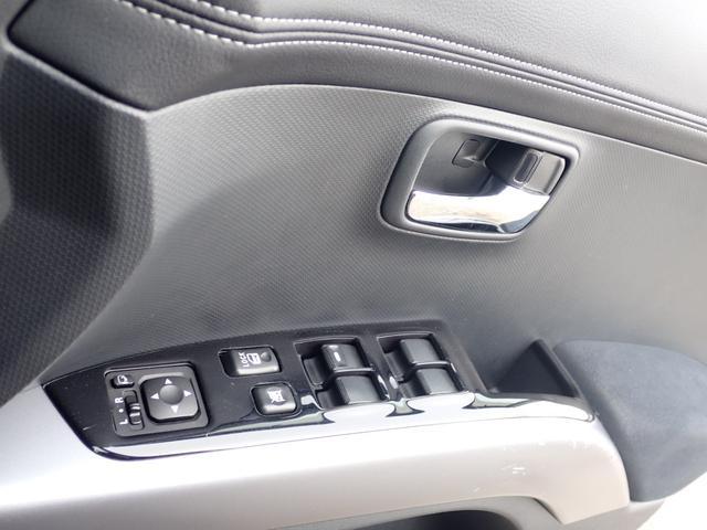 「三菱」「アウトランダー」「SUV・クロカン」「福岡県」の中古車33
