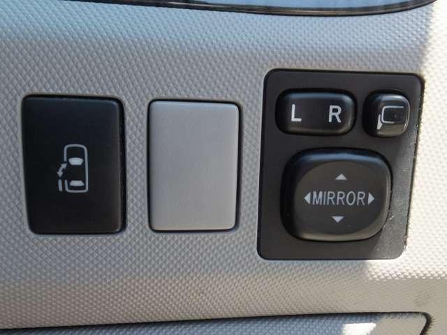 アエラス 左側自動ドア HDDナビ 後席モニター(9枚目)
