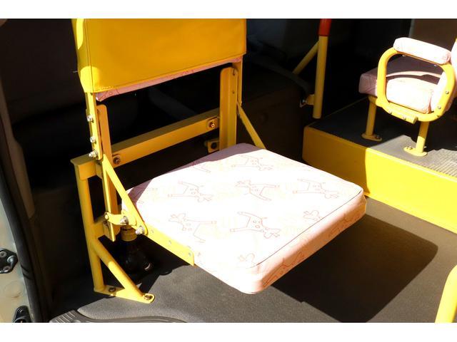 園児バス 幼児22人大人4人 バックモニター 4WD(8枚目)