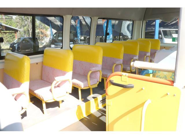 園児バス 幼児22人大人4人 バックモニター 4WD(9枚目)