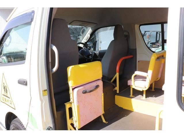 園児バス 幼児22人大人4人 バックモニター 4WD(14枚目)