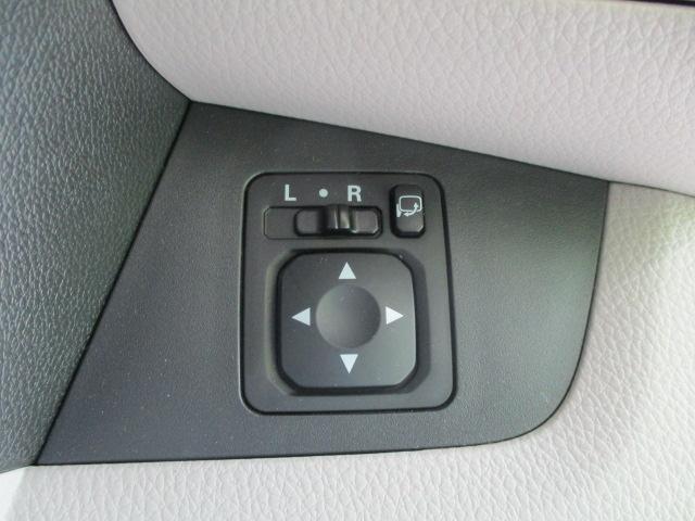 S ヘッドランプ種類 アイドリングストップシステム パワーウインドウキーレスエントリー マニュアルエアコン フロントシート形状ベンチシート2列目シート形状分割可倒 エアバッグ 運転席(13枚目)