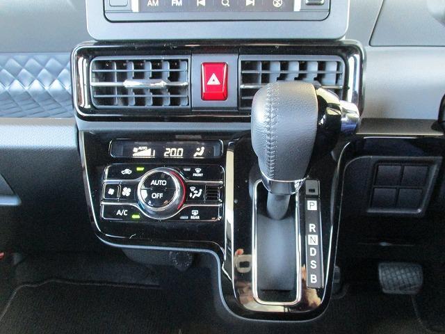 カスタムRS 両側電動スライドドア シート ハーフレザー バックモニター ターボ 衝突安全ボディ エンジンスタートボタン 衝突安全装置 車線逸脱防止支援システム EBD付ABS 横滑り防止装置 修復歴無(11枚目)