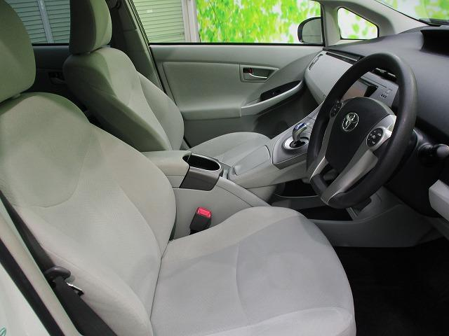 S 社外SDナビ/社外 7インチ メモリーナビ/ヘッドランプ HID/Bluetooth接続/ABS/EBD付ABS/横滑り防止装置/アイドリングストップ/DVD/TV/エアバッグ 運転席 禁煙車(5枚目)