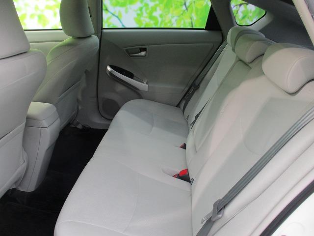 S 社外SDナビ/社外 7インチ メモリーナビ/ヘッドランプ HID/Bluetooth接続/ABS/EBD付ABS/横滑り防止装置/アイドリングストップ/DVD/TV/エアバッグ 運転席 禁煙車(7枚目)
