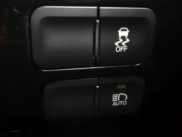 S 純正ナビフルセグ/ヘッドランプ LED/EBD付ABS/横滑り防止装置/アイドリングストップ/エアバッグ 運転席/エアバッグ 助手席/エアバッグ サイド バックカメラ(17枚目)