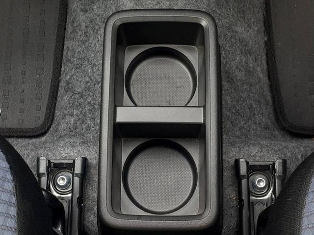 L EBD付ABS/横滑り防止装置/アイドリングストップ/エアバッグ 運転席/エアバッグ 助手席/パワーウインドウ/パワーステアリング/FF/マニュアルエアコン 衝突被害軽減システム 禁煙車 減税対象車(17枚目)
