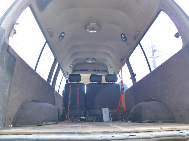トヨタ ハイエースワゴン グランドキャビン 5人乗り トランポ バイク運搬