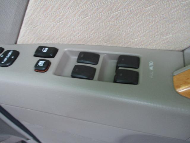 オールオートP/W 当社の展示車は走行管理システムにてチェック済。メーター交換・改ざん等一切ございませんので安心してお買い求めください TEL 092-410-9292