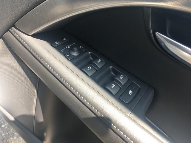 ボルボ ボルボ V70 T5 SE 本革シート 純正HDDナビ スマートキー