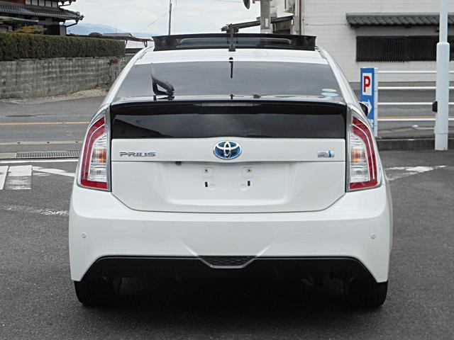 「トヨタ」「プリウス」「セダン」「佐賀県」の中古車8