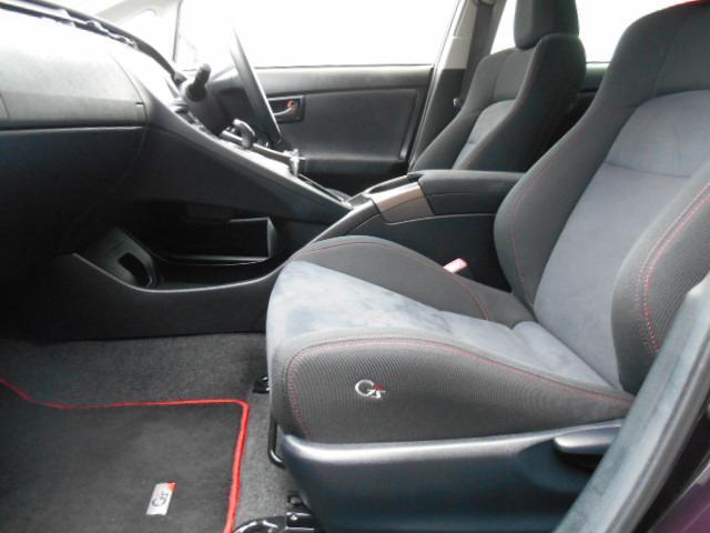 ドライブレコーダーやETCのサービス可能です。(弊社規定品、条件有、詳しくはスタッフまで)ETCは高速道路料金所での小銭の出し入れや雨天時における窓の開け閉めなどの煩わしさが解消できます。