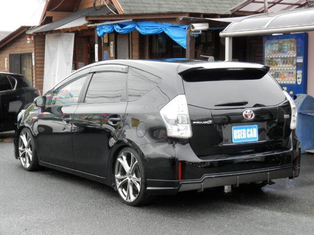 ボディの表面に薄いガラスの膜を覆う「ガラスコーティング」サービス可能です。膜が非常に硬く丈夫であるので、汚れやキズが付きにくく、車の艶を長期間維持することが出来ます。お手入れは水洗いだけでOKです。