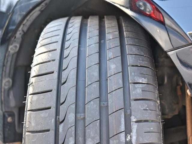 タイヤの溝も十分ございます☆