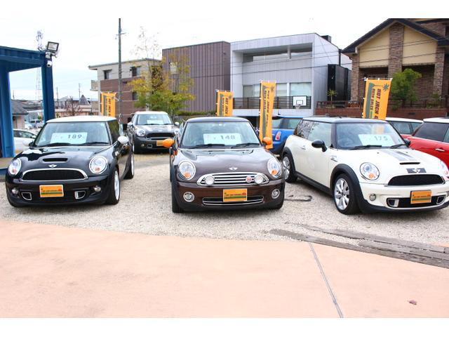 メインラインのR56系クーパー、クーパーS、特別仕様車のメイフェア、カムデンなどもお取り扱いしております。