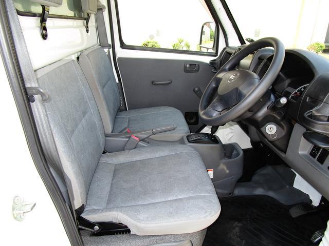 日産 クリッパートラック 保冷車