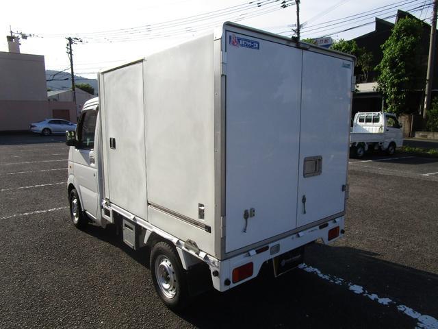 冷蔵冷凍車(4枚目)