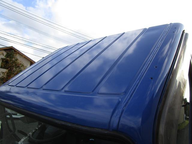 全低床ダンプ3トン4ナンバー ・内外装クリーニング仕上げ・3トン積4ナンバー・運転席エアバック・ABS・ブリッジフック・リアゲートチェーン・メッキパーツ・左側電動格納ミラー・イージーゴー・4900ccディーゼルターボ(7枚目)