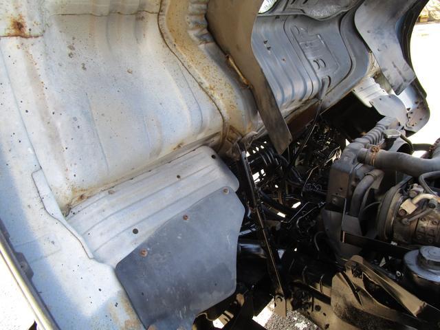 2トン積載車 ・内外装クリーニング仕上げ・ハイジャッキ・荷台後方伸縮・LED作業灯・アルミあおり(26枚目)