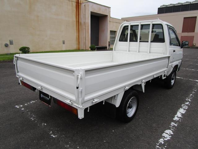 1トン平ボディースーパーシングルジャストロー ・内外装クリーニング仕上げ・ワンオーナー車・運転席エアバック(5枚目)